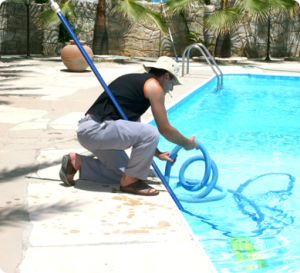 dallas swimming pool cleaning, swimming pool maintenance cost